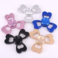 Wholesale Fidget Spinners Hand Spinner Three Leafs Flower Heart Love Metal Design Handspinner Spinner Decompression Tip Tops Toys New