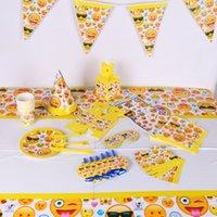 gesicht schröpfen gesetzt großhandel-Geschirr Lächelndes Gesicht Emoji-Thema Einweggeschirr Tassen Pappteller Kindergeburtstagsfeier Dekorieren Set Artikel Viele Arten 34sc C R