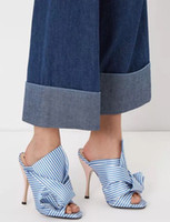 New Satin Bow-nœud Sandales Talons hauts Big Bowtie Knot Gladiator Knight Glissades à la cheville Pantalons extérieurs Blue White Striped Women Shoes