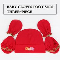 Wholesale Wholesale Red Winter Gloves - (30 piece) wholesale Solid color Baby Boy Girl Cotton Hat Including baby gloves Foot cover Three-piece Free shipping