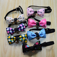 Wholesale Neck Ornament - Free Ship Pet Dog Neck Tie Cat Dogs Bow Ties Bells Headdress Adjustable Collars Leashes Apparel Christmas Decorations Ornaments wa3545