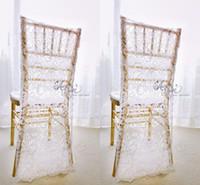 wedding lace chair covers оптовых-Очаровательные белые кружева свадебные чехлы на заказ жених и невеста Chiavari стул чехол свадебные аксессуары