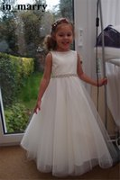 Girl sparkly wedding dress belt - Sparkly Crystals Beaded White Girls First Communion Dresses A Line Jewel Belts Long Tulle Cheap Simple Princess Flower Girls Dresses