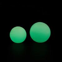 ingrosso palla di gomma principale-Giocattolo da masticare Gomma morbida Pet Glow Dog Ball Giocattoli Sicurezza notturna Led Lampeggiante Bagliore Forniture per animali domestici Cane grande Chew Squeaker Giocattoli cigolanti