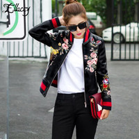 Wholesale leather baseball jacket women - Wholesale- New Arrival 2017 Sukajan Souvenir Motorcycle PU Leather Jacket Women Short Floral Printed Embroidery Baseball Varsity Jacket