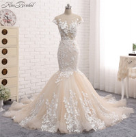 Wholesale Lace Wedding Dress Mermaid China - New Sexy Long Wedding Dress 2018 Scoop Neck Sleeveless Chapel Train Appliques Lace Tulle China Bridal Gowns Vestido de noiva