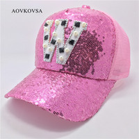 Vente en gros - 2017 Fashion Women Casual Letter W Sequins Baseball Cap And Girl Summer Pearl Snapback Hat