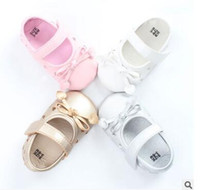 Baby Girl Shoes First Walker Top Quality Newborn Soft Sole Baby Shoes Bow PU Leather Abra a Princesa Respirável Princess Prewalker
