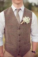 ingrosso vestiti di colore marrone-2018 Country Farm Wedding Gilet in lana marrone a spina di pesce in tweed Custom Made Groom Vest slim fit Gilet uomo in lana Prom Wedding Gilet Plus Size