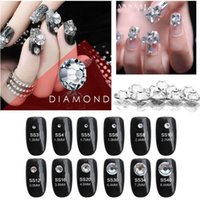 Super brillant 1440pc SS3-SS30 Crystal Clear / White Verre AA Nail Art Strass Flat Back Non Hotfix Glue on Nails décorations d'art