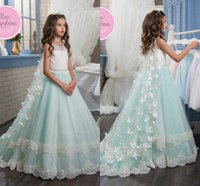 Wholesale beaded wedding dresses butterfly - 2017 New Flower Girl Dresses Bow Butterfly Crew Neck Beaded Lace Appliques Elegant Cheap Girl's Dresses with Wraps