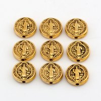 Chaud! 200pcs 10mm Antique Gold Saint Benedict Medal Round Spacer Beads Bijoux en bijoux en forme Bead Bracelet