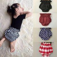 Wholesale Short Leggings Children - 2016 Summer PP pants Infant ruffle shorts 11 color leggings children baby boys girls briefs shorts 985