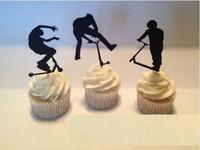 kek kekleri toptan satış-Ucuz Özel 30 adet Extreme Scooter Siluet Cupcake Yonca spor Parti Alır bebek duş düğün doğum günü kürdan süslemeleri