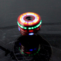 Colorful Light Music Gyro Peg-Top Spinning Tops Enfants Enfants Imitation Bois Gyro Colorful Lights Plus Laser Flash Music Top Toy Gift