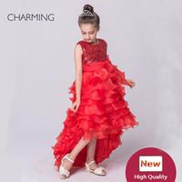uzun kırmızı şifon tasarımcısı elbise toptan satış-Kırmızı pageant elbise tasarımcısı elbiseler Tutu modelleme Kısa ön uzun Kolsuz tarzı payetli şifon kumaş
