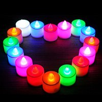 Électronique Flameless LED Candle 3.5 * 4.5 cm Flasque actionnée par batterie LED Tea Light Bougies de mariage Décoration de fête d'anniversaire