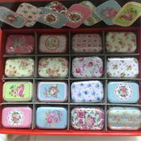 32 Piece / lot Vintage Cartoon Tin Box 5.5 * 4 * 2.5cm Candy Pull Chutty Mini Storage House Украшение Коллекционные дисплеи