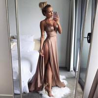 robe mousseline musulmane moderne achat en gros de-Sexy Side High Split robe de soirée 2018 Satin Spaghetti simple bretelles Deep V cou chaud robes de soirée formelles