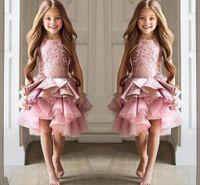 kızlar için pembe dantel şortu toptan satış-Ucuz Çiçek Kız Elbise Toddler Düğünler Için Pembe Jewel Boyun Kolsuz Dantel Kısa Katmanlı Ruffles Doğum Günü Çocuk Kız Pageant Törenlerinde
