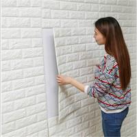 tuğla duvar kağıtları toptan satış-Ücretsiz kargo toptan 15 adet 77 * 70 cm Kendinden Yapışkanlı 3D Duvar Çıkartmaları Oturma Odası Yatak Odası Yaratıcı Tuğla Desen Köpük ...