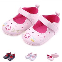 fashion hollow heartshaped first step neonatal soft soles baby bed shoes baby girl princess shoes