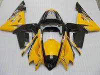 gelber ninja großhandel-Karosserieverkleidungssatz für Kawasaki ninja ZX10R 2004 2005 gelb schwarz Motorradverkleidungssatz ZX10R 04 05 IT47