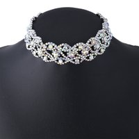 Wholesale Day Collar Jewerly - 2017 Rhinestone collar Choker Necklace Gold Color Fashion Jewerly Statement Vintage big gem Crystal Clavicle Necklace Women Jewelry Wedding