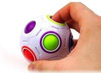 spaß spielzeug spiele großhandel-Halloween Lustiges Geschenk Regenbogen Ball Zauberwürfel Geschwindigkeit Fußball Spaß Kreative Kugelpuzzles Kinder Pädagogisches Lernspielzeug Spiele für Kind