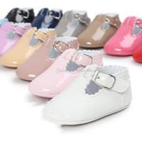 ingrosso scarpe da bambino brevettate-Vestito per bambini Vestito principessa Scarpe stivali PU infantili Ragazzi bambini Bustine Baby First Walkers C3242