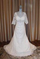 Wholesale Vestido Renda Plus Size - V Neck Half Sleeve Sheer Illusion Lace Appliques Custom Made COR-253 Vestido De Noiva Renda Vintage Plus Size Wedding Dress 2017