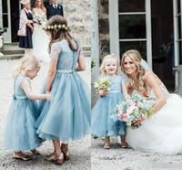 bebek mücevherleri toptan satış-2018 Bebek Mavi Sevimli Tül Çiçek Kız Elbise Jewel Boyun Kısa Kollu Düğme Geri Ayak Bileği Uzunluğu Kız Pageant Elbise Chic Düğün Parti