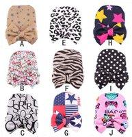 ücretsiz bebek başlık tasarımı toptan satış-Yeni Bebek Noel Şapka ile bebek bere bebek kız ve erkek Yenidoğan unisex Hastane Şapka bebek aksesuarları ücretsiz boyutu 0-6 ay