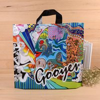 Wholesale Hand Bag Store - Beauty product Plastic bag custom clothing store hand bag women's and children's clothes cosmetics packaging bag can print LOGO