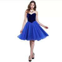 потрясающие платья длиной до колен оптовых-Последние с плеча потрясающий коктейльное платье длиной до колен бархат лиф мода платье девушки Vestido де коктель