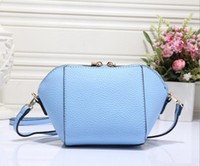 Wholesale fashionable messenger bags women - Brand in Europe and the messenger bags fashionable tassel dumplings package The new mini packet S002 selling female bag