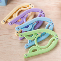 Wholesale Color Plastic Coat Hangers - 10 packs color travel Folding hanger simple Easy to travel to carry hanger Plastic drying racks Home Clothing support