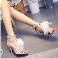пернатые свадебные туфли оптовых-Перл стразы перо свадебные туфли свадебные каблуки партии обувь 6/8/10 см с жемчужным ремешком открытым носком высокий каблук с высоким качеством