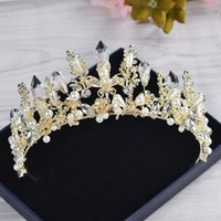 Wholesale Headpieces China - Gorgeous Gold Crystals Pearls Wedding Bridal Crowns and Tiaras for Wedding 2017 Made in China New Wedding Headpieces Accessories