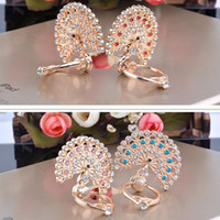Wholesale Diamond Mounts - Wholesale Universal Luxury Bling Diamond Peacock Ring Holder Stand Crystal Kickstand Lazy Mounts Support For Mobile Phone Samsung Tablet