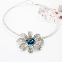 Wholesale Necklace Flower Short - Fashion Statement Dress Chokers Necklaces Blue Rhinestone Silver Plated Short Flowers Necklaces For Women Banquet Necklace