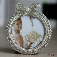 Cute Ribbon Design Silver Plating Clear Rhinestones Jeweled Tabletop 3x3 inch Round Zinc Alloy Picture Frame