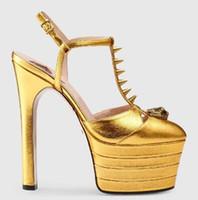 chaussures à talons hauts achat en gros de-Fait à la main 100% En Cuir Véritable Chaussures De Femmes Des Talons Hauts Chaussures De Mode D'été Rivet Plate-Forme Sandales Sexy Queen Discothèque Dames Pompes