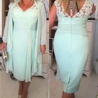 Wholesale Mint Chiffon Shirt - Mint Green V Neck Column Short Mother of the Bride Dresses With Jacket Plus Size 2017 Chiffon Evening Gowns Lace Tea Length EN6291