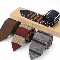 erkekler sıska kravat toptan satış-2019 Yeni Moda Erkek Örme Boyun Kravatlar Erkekler Örgü Kravat Slim Tasarımcı Erkekler Için Dar Dar Skinny Kravat Cravate