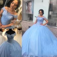 mavi kabarık tatlı 16 elbiseler toptan satış-Açık Mavi Dantel Tatlı 16 Quinceanera elbise Balo Kapalı Omuz Boncuklu Kabarık Tül Masquerade vestidos 15 anos Doğum Günü Gelinlik Modelleri