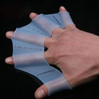 1 paio di nuoto Finger Gloves palmati Rana mano Gear Pinne Palm Flippers Paddle Swim Gear Web Flippers