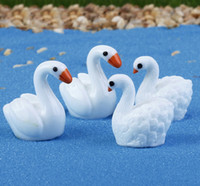 Wholesale handcraft homes - 30pcs free shiping wholesale Cartoon mini swan Garden Miniatures Resin handcraft figurin for wedding Decoration or home table garden decor