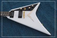 белая гитара v оптовых-Лучшие продажи Белый полет V электрическая гитара красоты гитары OEM из Китая