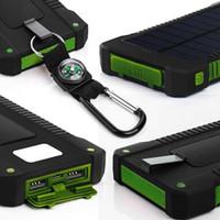 carregadores solares para telefones celulares venda por atacado-Bússola banco de energia solar à prova d 'água Bateria Carregador Portátil Dual powerbank USB Externa pacote para o telefone móvel com Luz LED